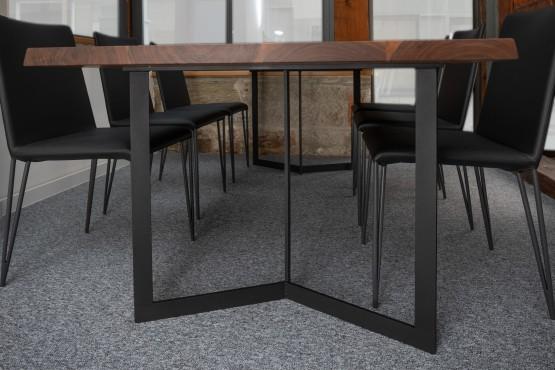 Tisch aus Walnuss (amerikanisch)