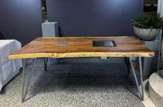 Tisch aus Thailändischer Akazie